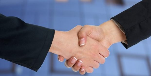 Hanwha Q CELLS & Eguana Tech ink new European distribution deal